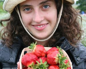 ILI Italian Student with Strawberries